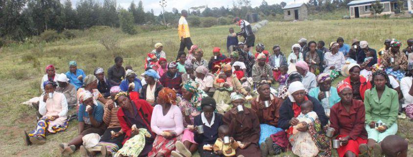 2015.02.25_109_Bllankets for Kiambogo families